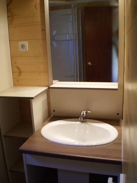 Salle de bain du Chalet l'Abeille