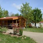 Camping en Haute-Loire avec piscine espaces verts